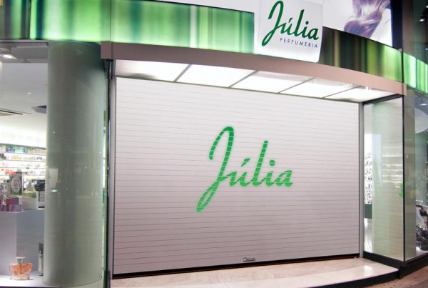 Collbaix-Dekora-Puerta-enrollable-Marca-Julia