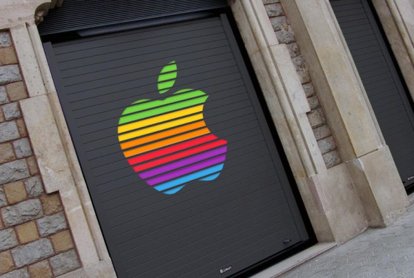 Collbaix-Dekora-Puerta-enrollable-marca-apple